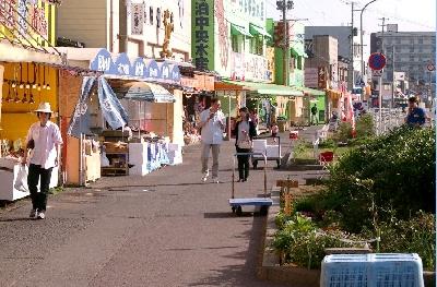 寺泊魚の市場通り